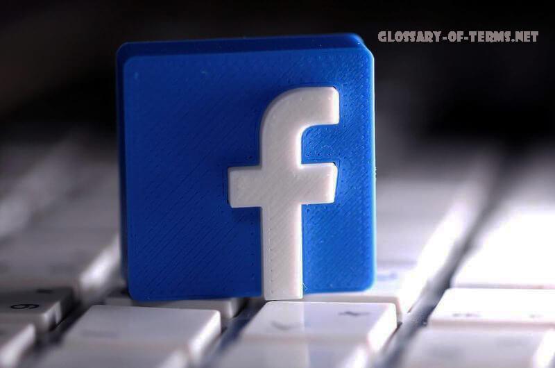 Facebook ปิดกั้นการเข้าถึงในประเทศไทยของกลุ่มสมาชิกกว่าล้านคนที่พูดคุยเรื่องสถาบันกษัตริย์หลังจากรัฐบาลไทยขู่ว่าจะดำเนินคดีทางกฎหมาย