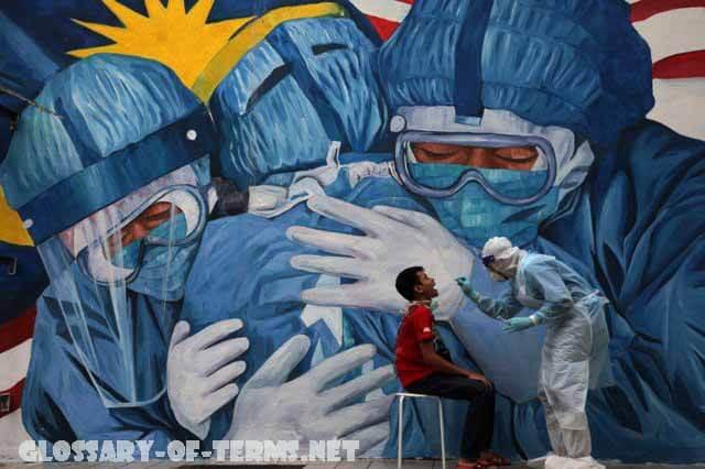 กลัวไวรัส คุกคามปีใหม่ พล. อ. ประยุทธ์จันทร์โอชานายกรัฐมนตรีได้ส่งสัญญาณให้หยุดการลดข้อ จำกัด ในการเดินทางและการใช้มาตรการควบคุมโรค