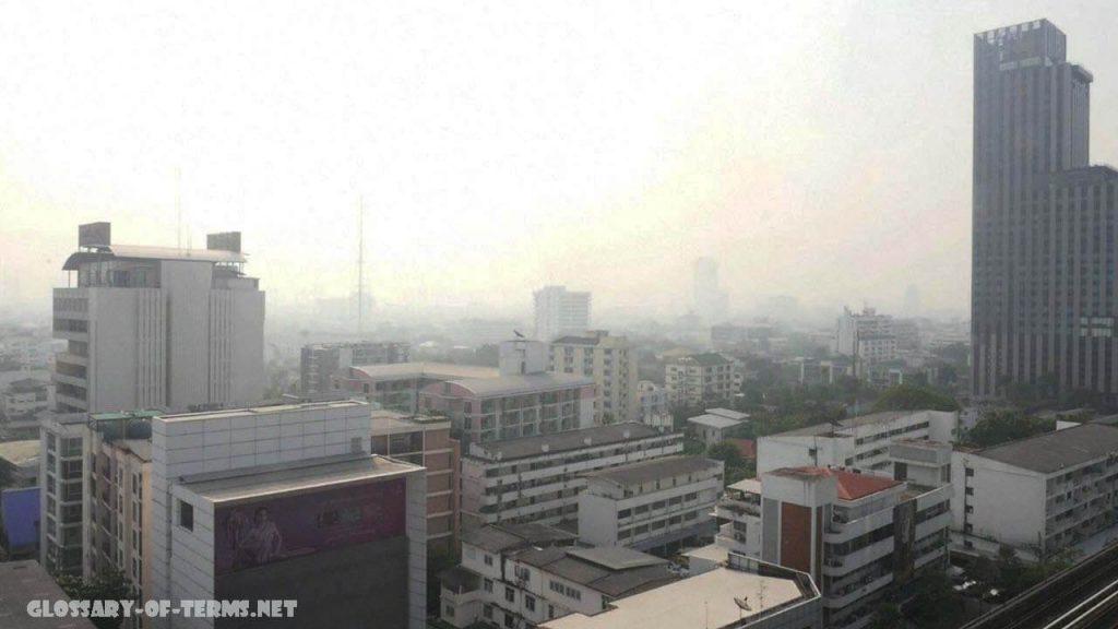 รัฐบาลไทย กำลังจัดการปราบปรามมลพิษ พล. อ. ประยุทธ์จันทร์โอชานายกรัฐมนตรีได้สั่งการให้หน่วยงานของรัฐดำเนินการขั้นเด็ดขาดเพื่อต่อสู้