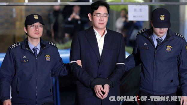 ทายาทของซัมซุง ได้รับโทษจำคุก ลีแจยองทายาทซัมซุงถูกศาลสูงในเกาหลีใต้ตัดสินจำคุก 2 ปี 6 เดือน คดีติดสินบนเป็นการฟ้องร้องคดีก่อนหน้านี้ที่