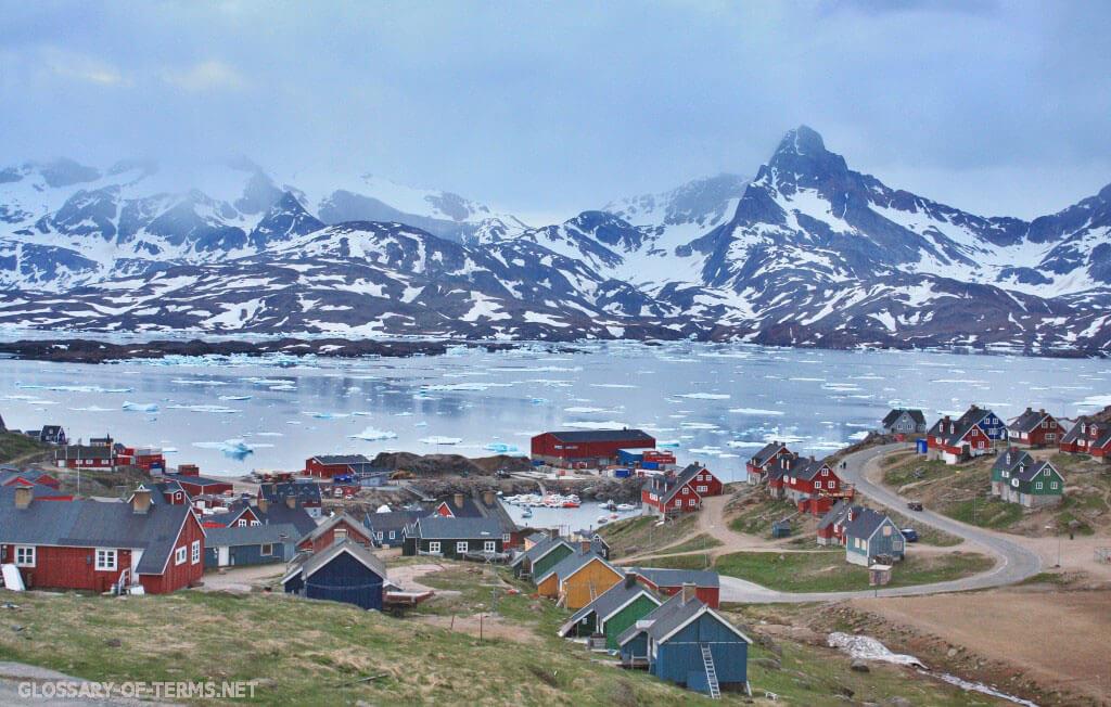 เกาะกรีนแลนด์ เป็นเกาะเหนือสุดของโลกนักวิทยาศาสตร์กลุ่มหนึ่งกล่าวว่าพวกเขาได้ค้นพบโดยบังเอิญว่าสิ่งที่พวกเขาเชื่อว่าเป็นเกาะที่อยู่เหนือสุด